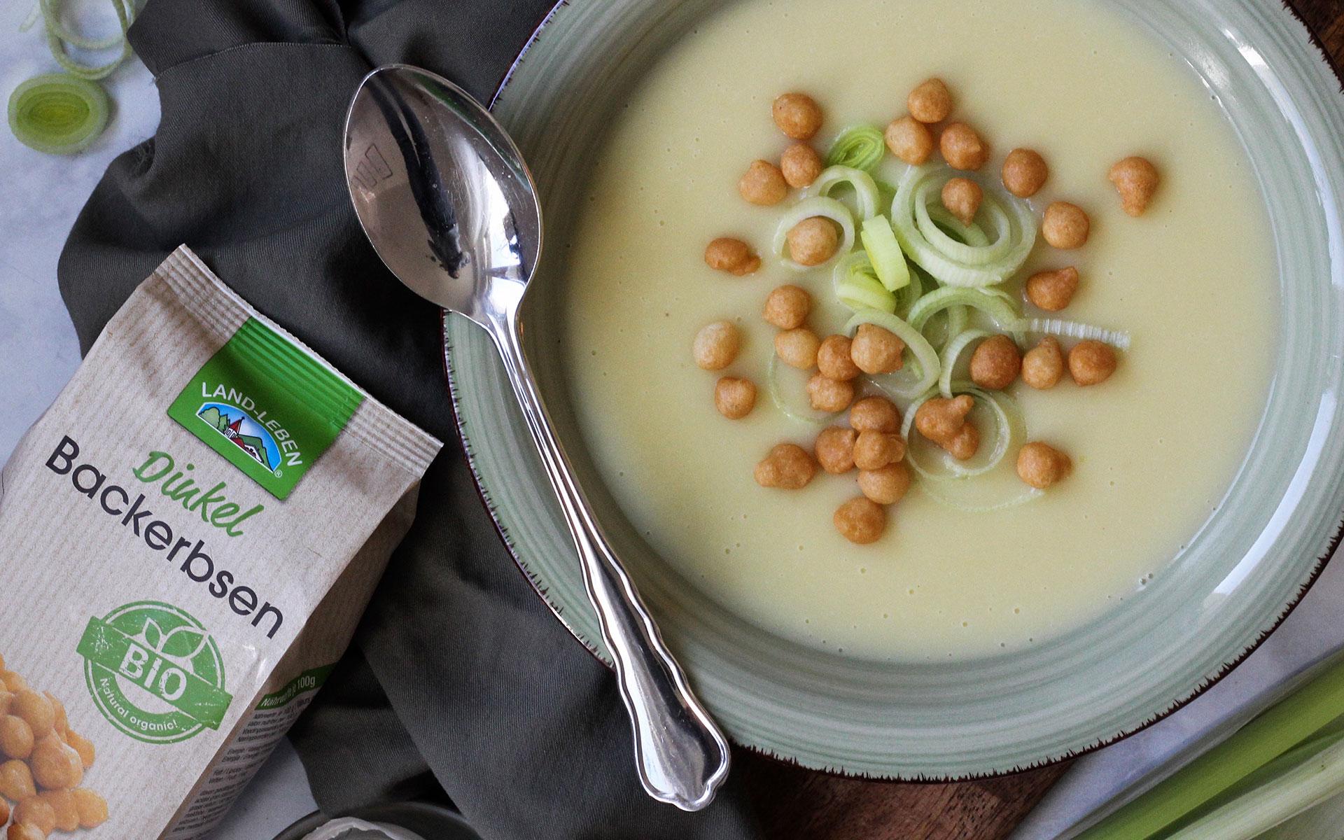 Kartoffel-Lauch-Suppe mit BIO Dinkel Backerbsen
