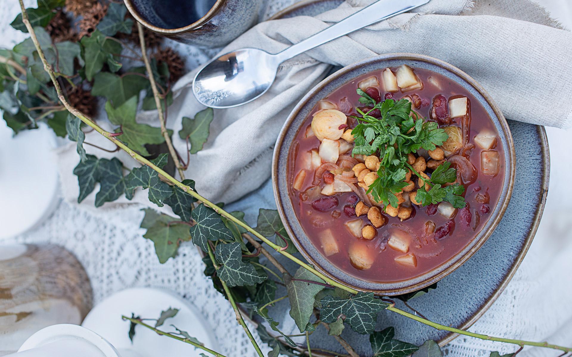 Winter Gemüse Eintopf mit Backerbsen